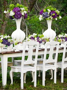 bloved-uk-wedding-blog-styled-shoot-modern-country-purple-green-hyde-park-photography.jpg